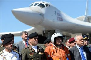 Nga có thể tăng chuyên gia quân sự tại Venezuela
