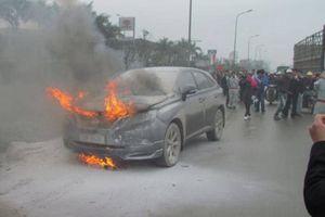 Bộ trưởng Công an: 'Vụ xăng rởm phần nào lý giải nguyên nhân cháy nổ xe'
