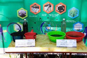 Độ dày của bùn trên sông Tô Lịch giảm sau 2 tuần ứng dụng công nghệ mới