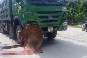 Xe máy tông trực diện vào xe tải, nam thanh niên tử vong tại chỗ