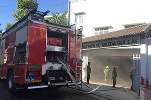 Gia Lai: Showroom ô tô bị hỏa hoạn