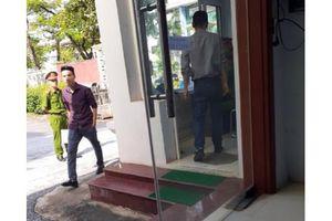 Văn phòng UBND tỉnh Điện Biên: Quy định 'lạ' với báo chí?