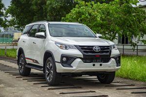 Toyota Fortuner với nghịch lý giá chỉ tăng chứ không giảm