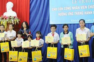 Khánh Hòa: Trao học bổng cho con CNVC-LĐ vượt khó học giỏi