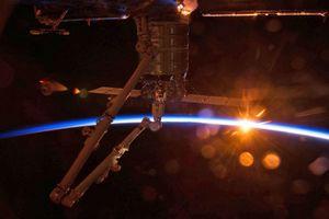 NASA thương mại hóa các chuyến bay vào không gian