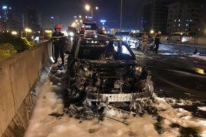 Xăng dầu rởm gây hỏng động cơ, cháy xe