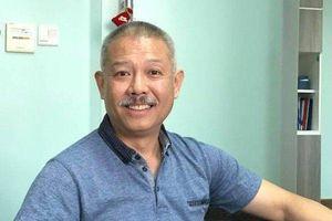 'Giáo sư quần đùi' Trương Nguyện Thành trở lại Việt Nam