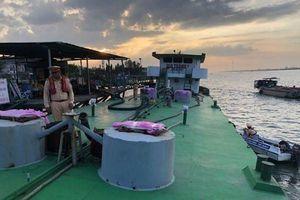 Thủy đoàn II của Cục CSGT phối hợp phát hiện vụ mua bán xăng dầu giả của đại gia Trịnh Sướng