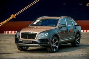 Cận cảnh Bentley Bentayga V8 bản kỷ niệm 100 năm đầu tiên ở VN