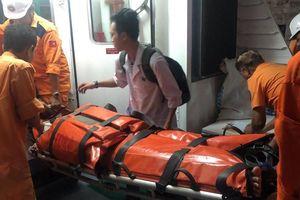Cấp cứu khẩn cấp thuyền viên bất tỉnh trên vùng biển Nam vịnh Bắc Bộ