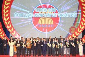Cùng nhau kiến tạo hòa bình, ổn định, thịnh vượng chung cho đại gia đình ASEAN