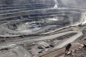 Xuất khẩu đất hiếm Trung Quốc giảm mạnh