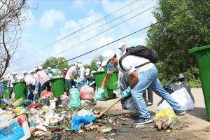 Tổ chức chương trình tình nguyện ngày hội dọn rác