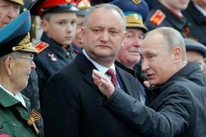 Ukraine lo Moldova bị Nga hóa