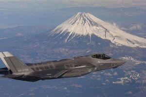 F-35 Nhật lao xuống biển có liên quan đến thiếu oxy?