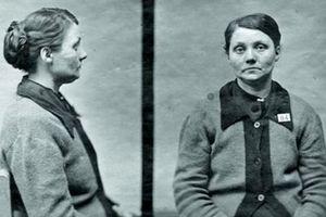 Bà mẹ nuôi tàn độc nhất lịch sử: Giết 8 trẻ sơ bằng... bồn tắm