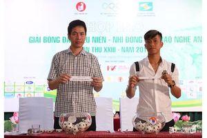 Văn Đức, Xuân Mạnh bốc thăm chia bảng giải bóng đá TN-NĐ Cúp Báo Nghệ An 2019