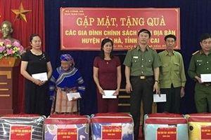 Cục Đào tạo và Công an tỉnh Lào Cai phối hợp thực hiện hoạt động an sinh xã hội