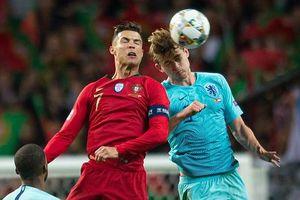 De Ligt sốc trước câu nói của Ronaldo