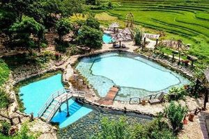 Check-in suối khoáng đẹp như tiên cảnh 'gây sốt' ở Yên Bái