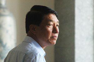Chủ tọa truy vấn cựu thứ trưởng Bộ Công an Trần Việt Tân