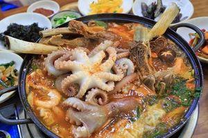 Ăn hải sản tươi sống ngoe nguẩy ở khu chợ lớn nhất Hàn Quốc