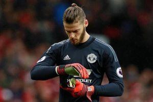 Man Utd 'lót tay' 20 triệu bảng để tống khứ De Gea?