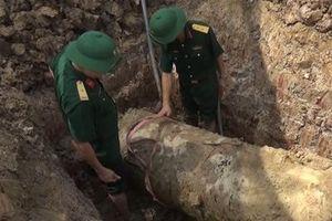 Thanh Hóa: Phá hủy thành công quả bom hơn 900kg