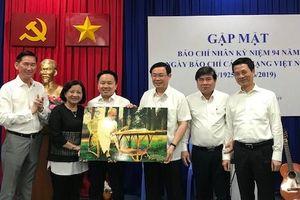 Phó Thủ tướng Vương Đình Huệ gặp mặt các cơ quan báo chí phía Nam