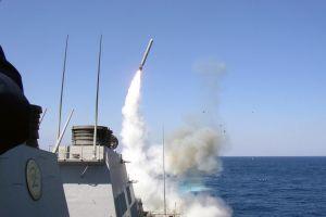 Nhà sản xuất tên lửa Tomahawk sáp nhập thành 'người khổng lồ' quốc phòng thế giới
