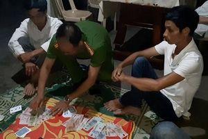 Liên tiếp bắt giữ nhiều vụ đánh bạc tại Huế
