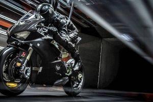 Mô tô, xe máy chạy quá tốc độ bị phạt bao nhiêu tiền?