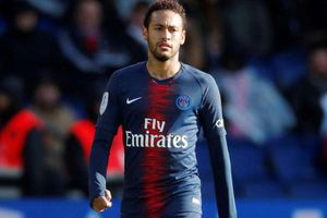 Neymar sa sút nghiêm trọng sau 2 năm chia tay Barca