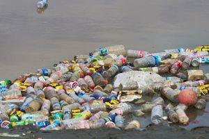 Hơn 700.000 tấn rác thải nhựa ra biển mỗi năm