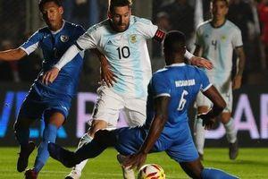 Messi còn ít thời gian 'trả nợ' Argentina