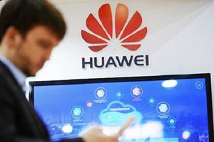 Nga nói về kế hoạch của Huawei trong việc sử dụng hệ điều hành Aurora OS