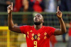 Lukaku chói sáng cùng Bỉ, Italia ngược dòng ngoạn mục