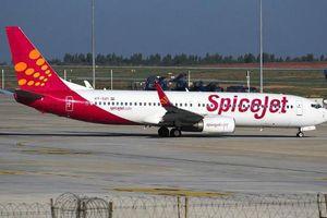 Máy bay chở 189 người nổ lốp trong khi hạ cánh khẩn