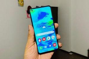 Mở hộp và trên tay Samsung Galaxy M40 vừa ra mắt