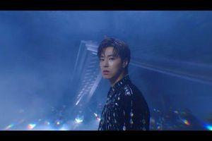 Yunho (TVXQ) trở lại với MV 'Follow': Màn tái xuất đã mắt đã tai từ mảnh ghép của 'những vị thần phương Đông'