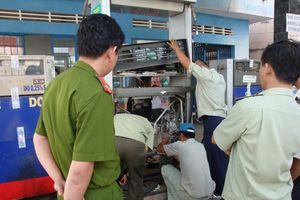 Siết chặt quản lý xăng dầu sau vụ bắt đường dây xăng giả Trịnh Sướng