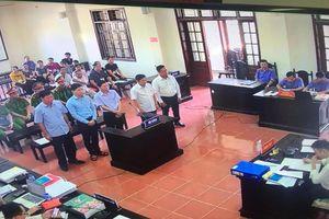 Hoàng Công Lương đi thẳng vào phiên tòa phúc thẩm vụ án chạy thận tại Hòa Bình