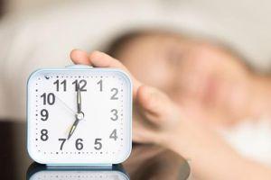 Nếu thường xuyên hoãn báo thức buổi sáng, đây là cảnh báo cho bạn