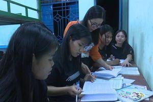 Trợ lực cho học sinh miền núi thi tốt nghiệp THPT