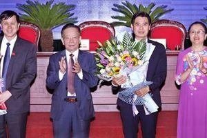 Ông Hoàng Quốc Khánh được bầu là Chủ tịch tỉnh Sơn La