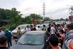 Vụ Cảnh sát 113 bị dân 'xăm trổ' bao vây: Do mâu thuẫn trong quán ăn