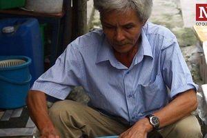 Gặp cụ ông xứ Huế với công thức 'đặc biệt' làm nón bằng lá bàng rừng