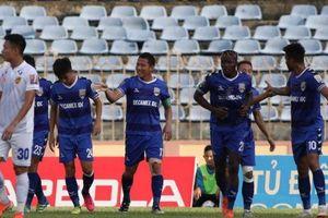 Kẻ hạ sát Thái Lan nổ súng, Bình Dương vào top 6 V-League