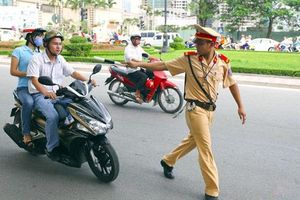 Xử phạt nặng để hạn chế vi phạm giao thông