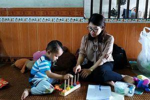 Quảng Ninh: Phát triển kỹ năng nghề cho cán bộ làm công tác xã hội